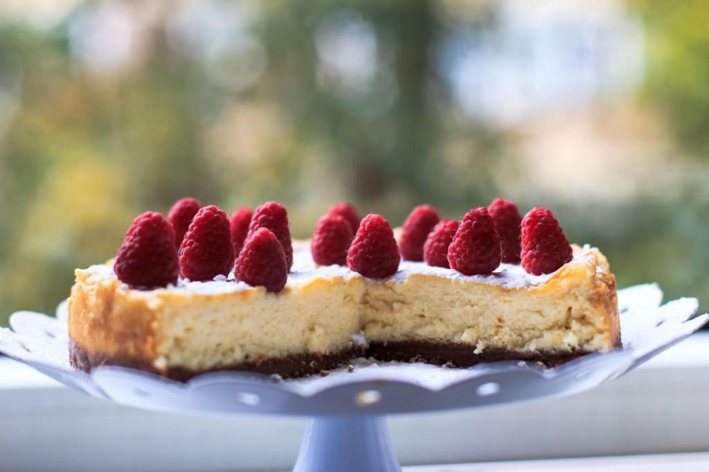Witte chocolade cheesecake met bastognekoekbodem