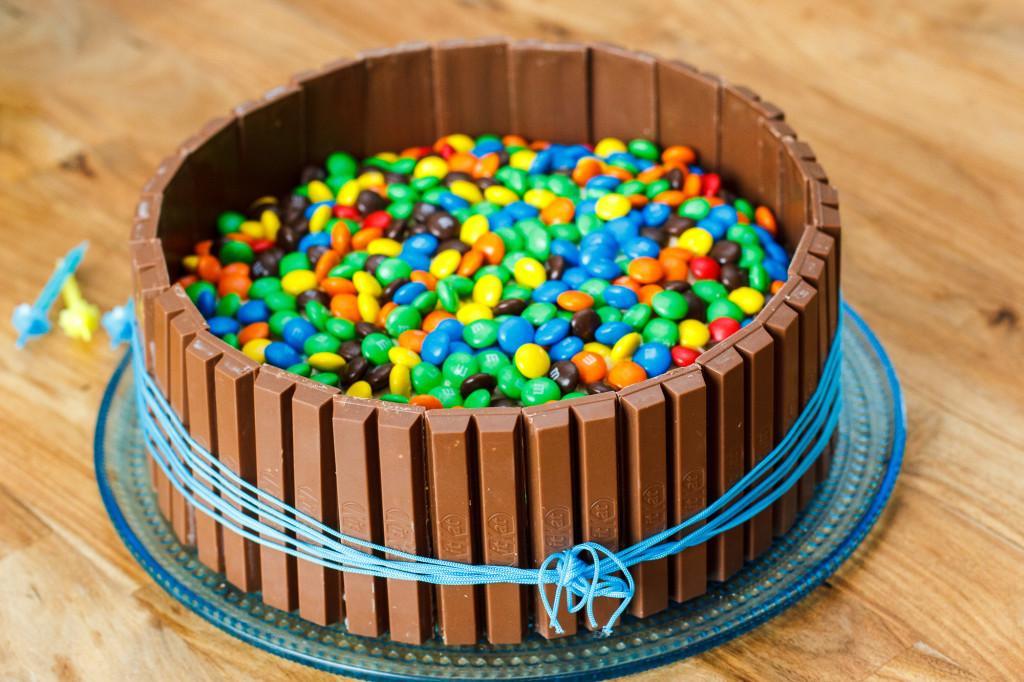 Kitkattaart met M&M's - Zoetrecepten Smarties Glutenvrij