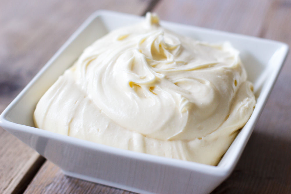 Cream cheese topping