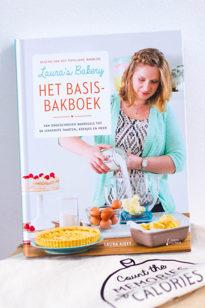 REVIEW & WIN: LAURA'S BAKERY HET BASIS BAKBOEK