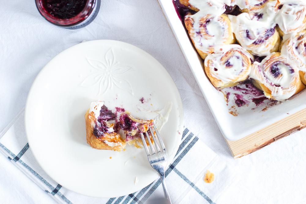 Bosbessen cheesecake rolls