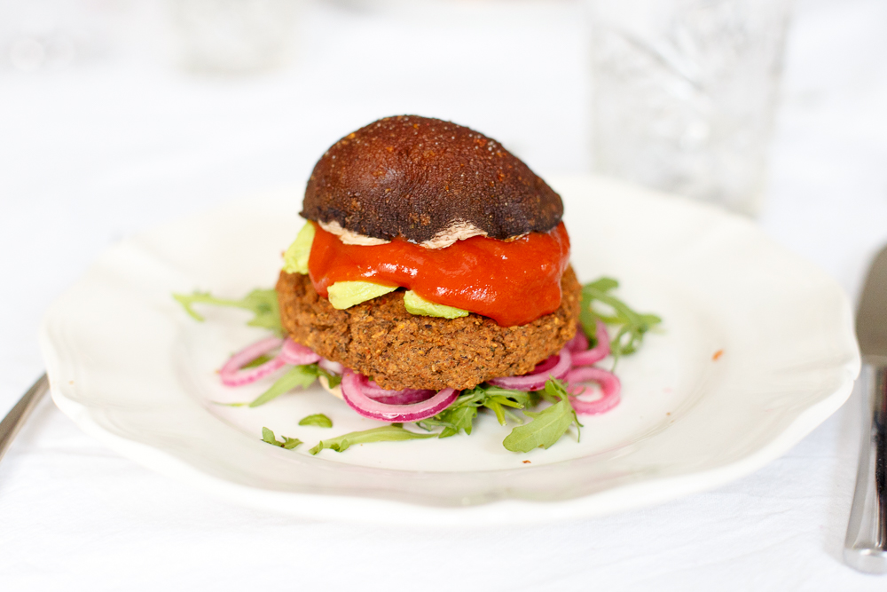 Mexicaanse bonenburger met portobello's