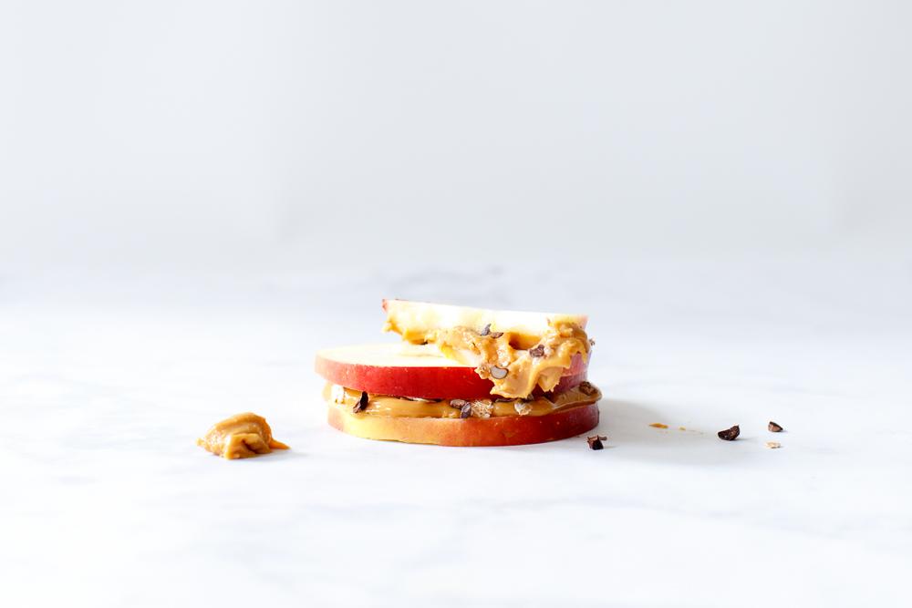 Appelsandwiches met pindakaas