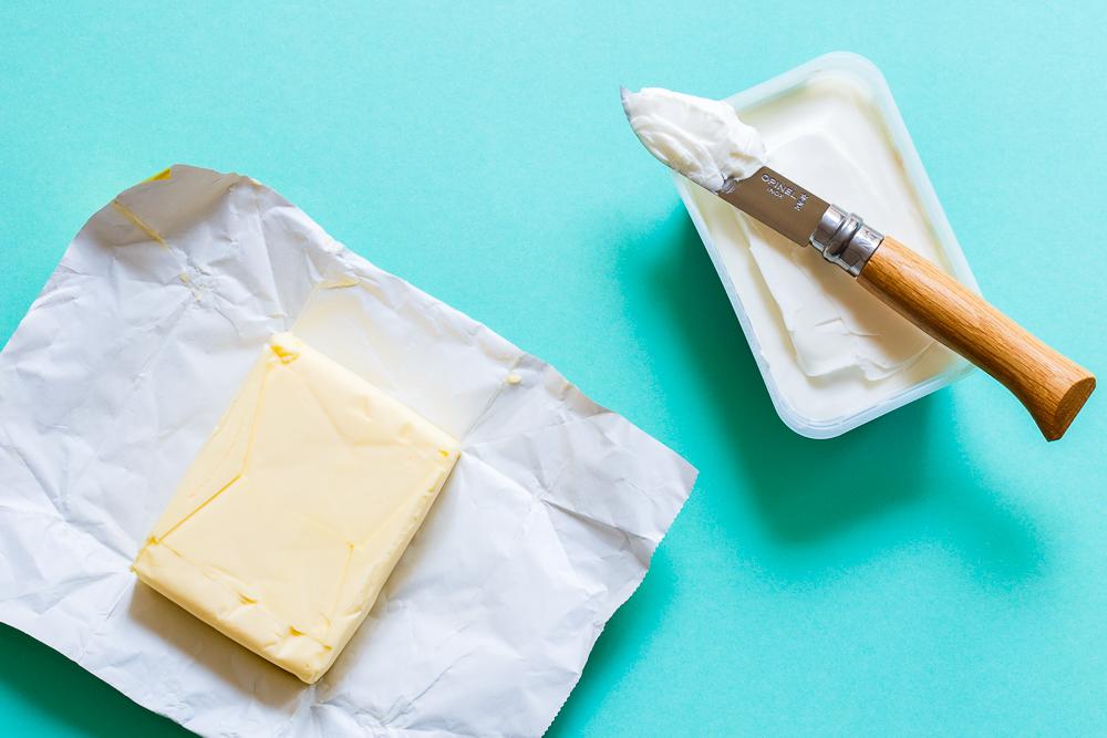 Wat is het verschil tussen margarine en (room)boter?