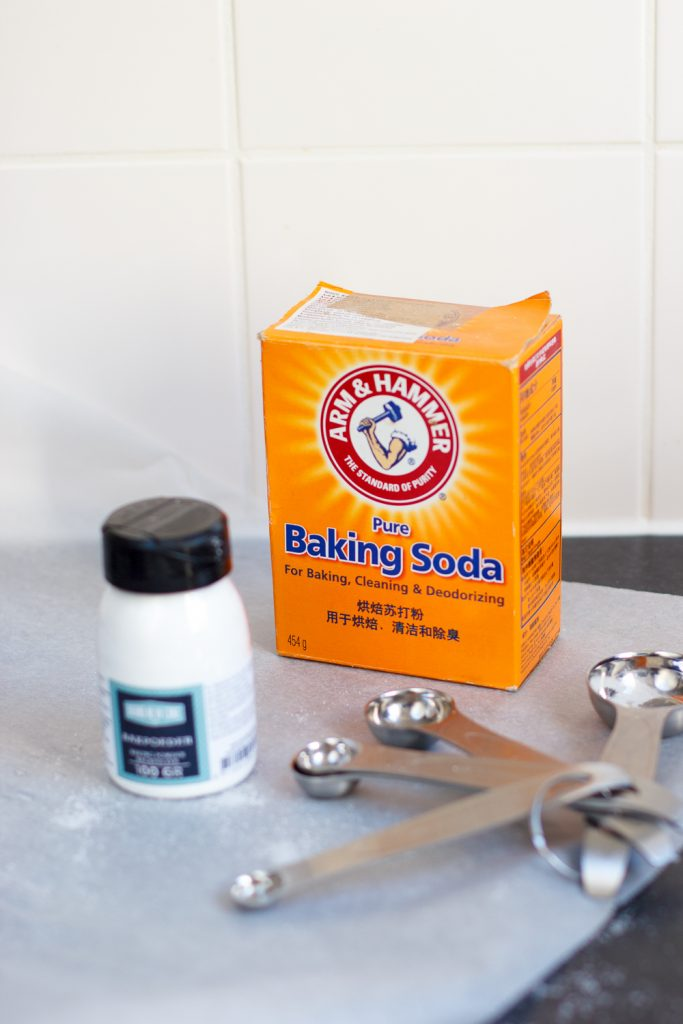 bakpoeder en baking soda combineren