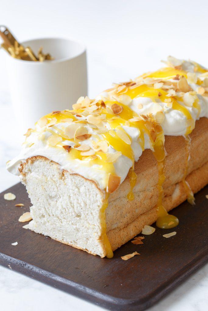 Lemon angel food cake (wolkjescake)