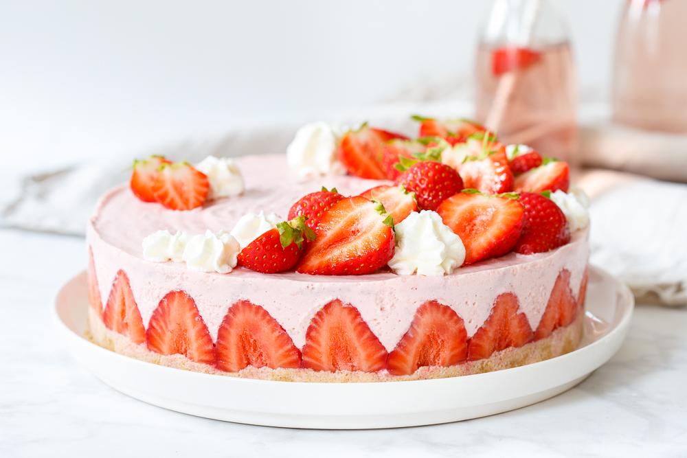 Aardbeienkwarktaart