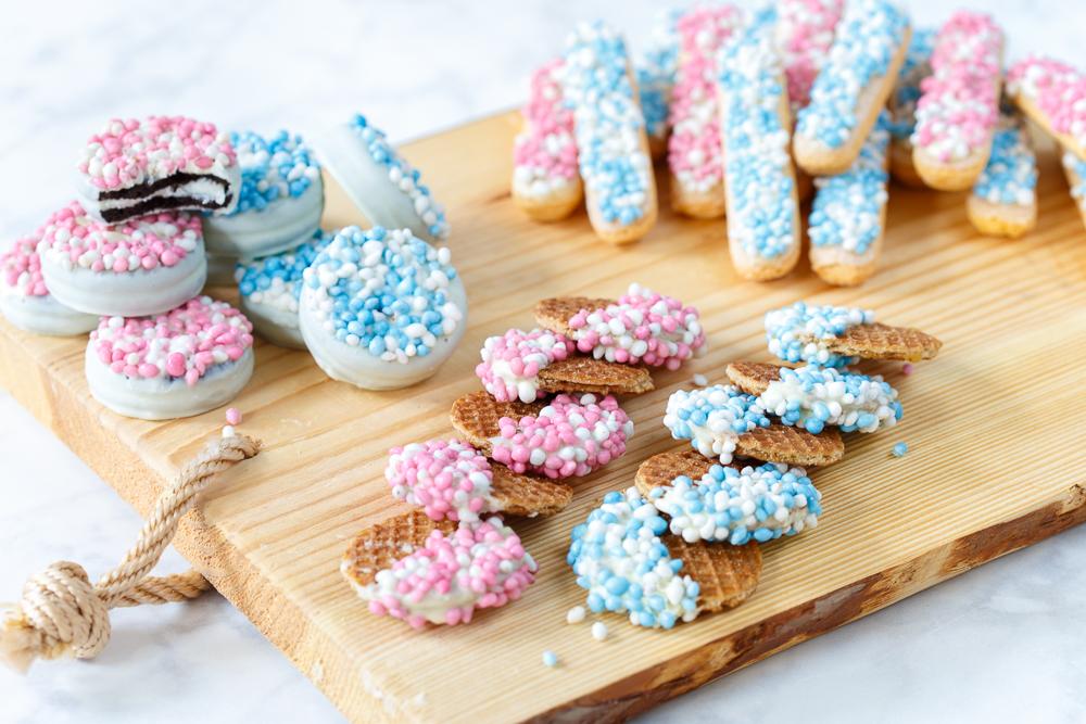 Kraamhapje: koekjes met witte chocolade en muisjes