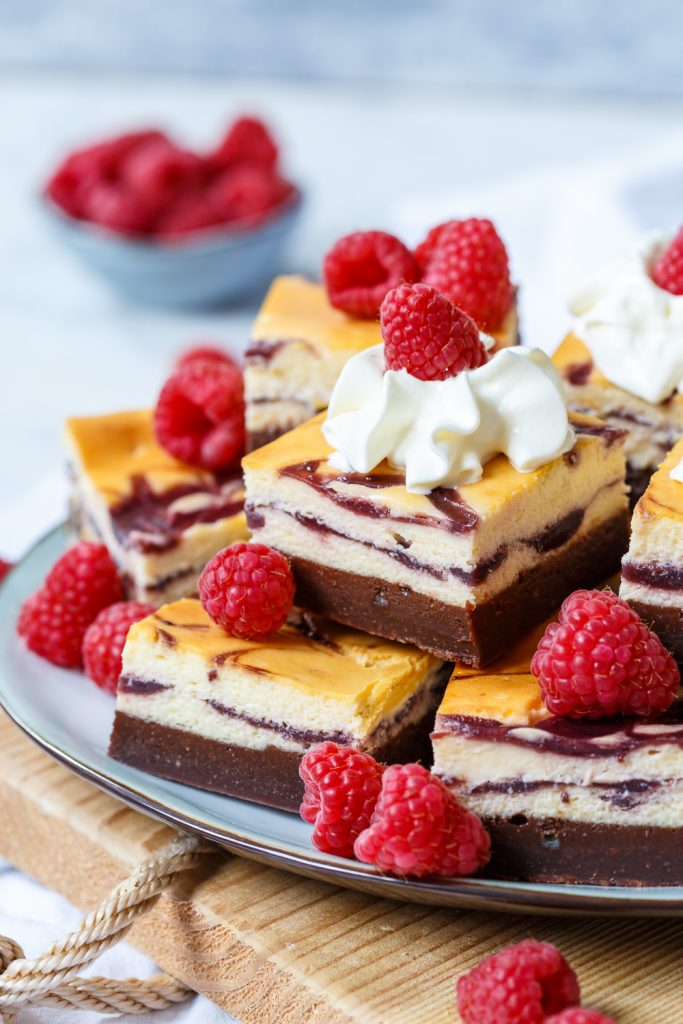Frambozenjam cheesecake brownies